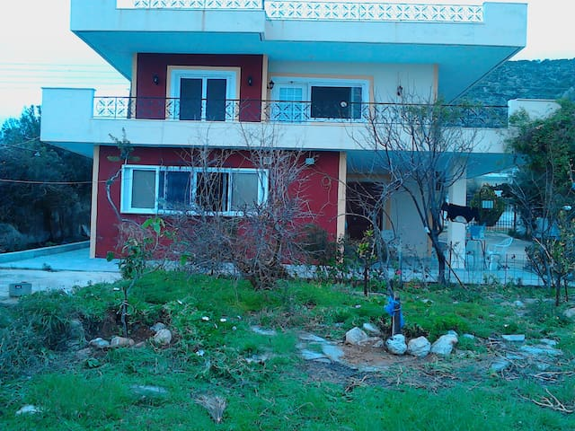 A comfortable apartment near the sea - Kineta - Flat