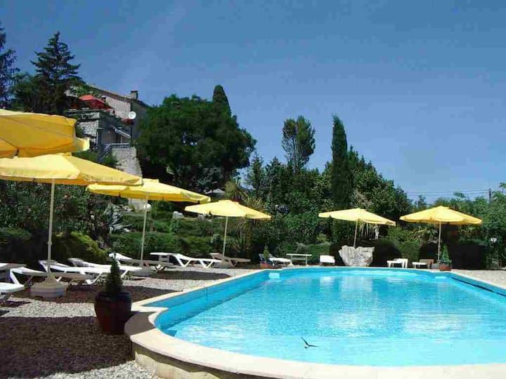 Gîte Mathilde 2 personnes, 55 m2, piscine partagée