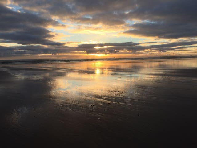 Luxury Alnmouth Townhouse by the beach - sleeps 14 - Alnmouth
