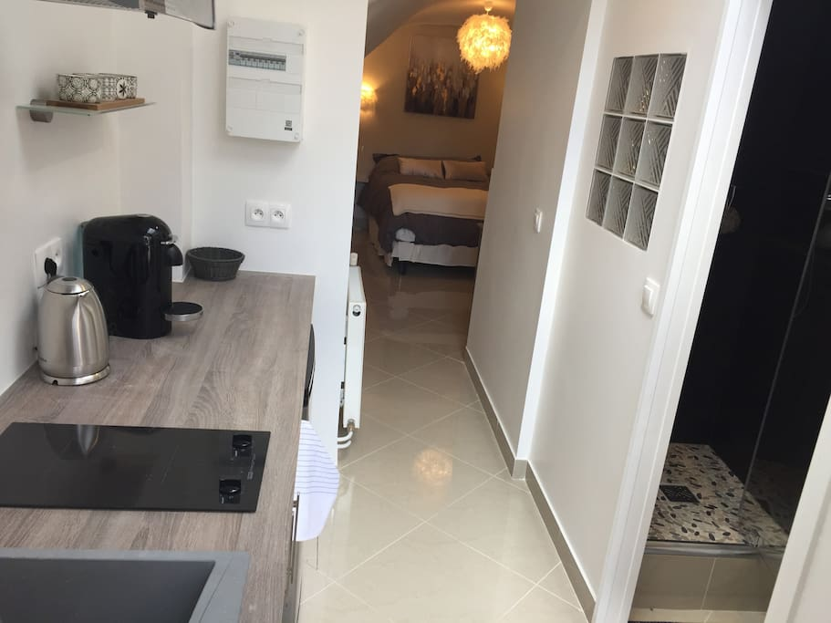 logement insolite tout confort proche paris maisons de ville louer vauhallan le de. Black Bedroom Furniture Sets. Home Design Ideas