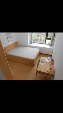 Cozy private room 5 mins to Metro 5 - Shanghai - Apartment