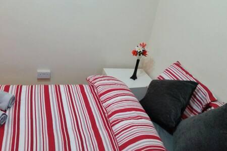 4.NEAR BIG BEN & LONDON EYE-PRIVATE DBL BEDROOM - Londres