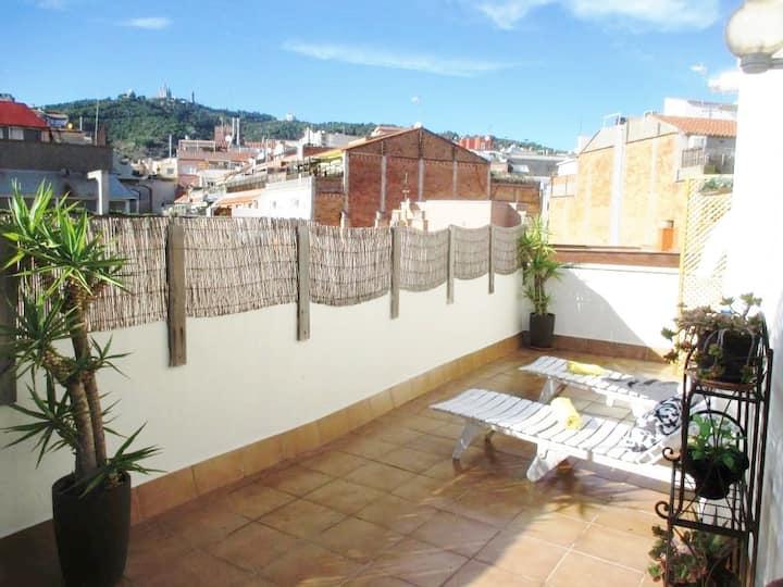 Casa Putxet with Terrace near Park Güell