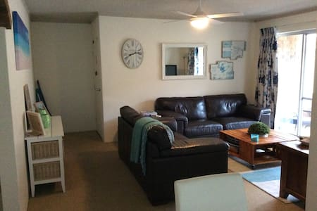 Dolphin Court Beach Unit - Forster