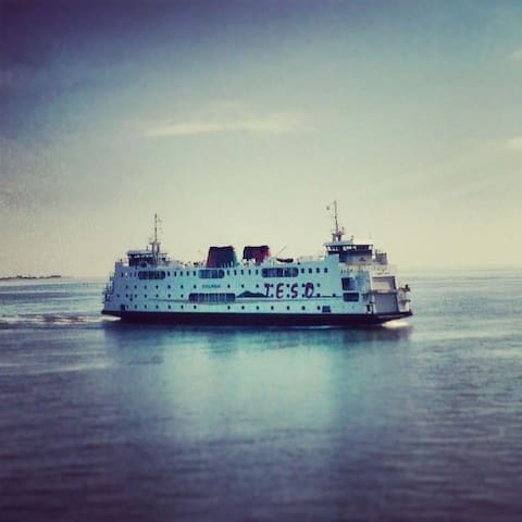 Je vervoer naar het eiland.