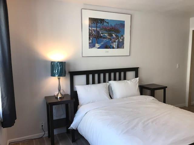 Unit #2 Private Modern Room Near Downtown LA