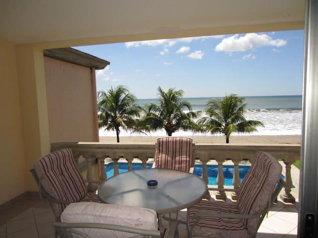 IGUANA BEACH PAD 1BA/1BD - Tola - Lägenhet