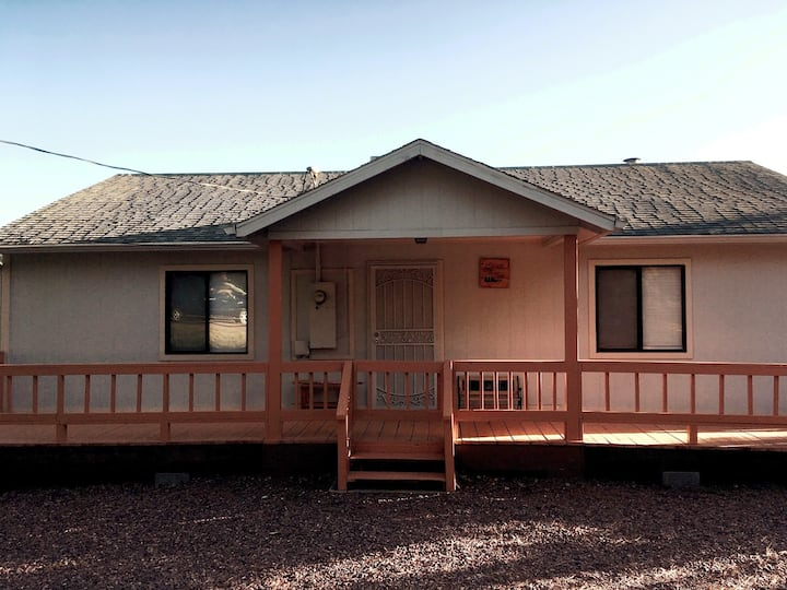 Spacious family cabin near Fossil Creek