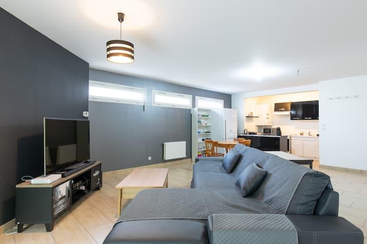 Super appartement meublé haut standing à Elias