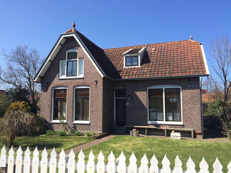 Villa kakelbont huizen te huur in midsland friesland for Huizen te koop friesland