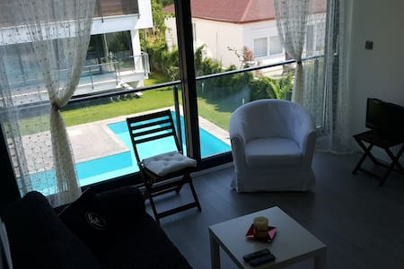 Lara Antalya 1+1 Loft for Rent with private pool - Muratpaşa