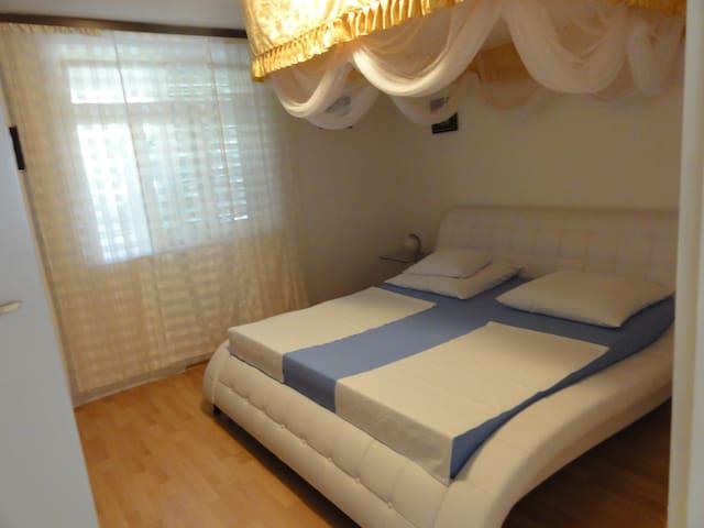 Zadar Borik 3* Family Apartment with  garten Nr.5
