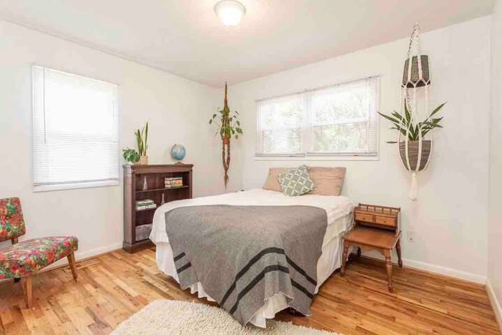 Rest & restore, wellness retreat house & and sauna