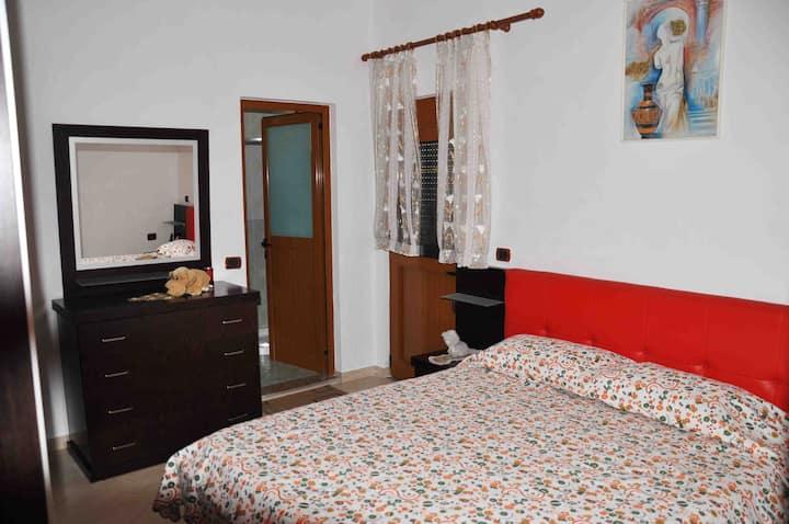 Incantevole stanza in Villa Privata Vicino al Mare