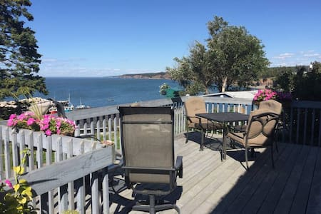 Relax by the Bay BnB - West Suite w/private bath
