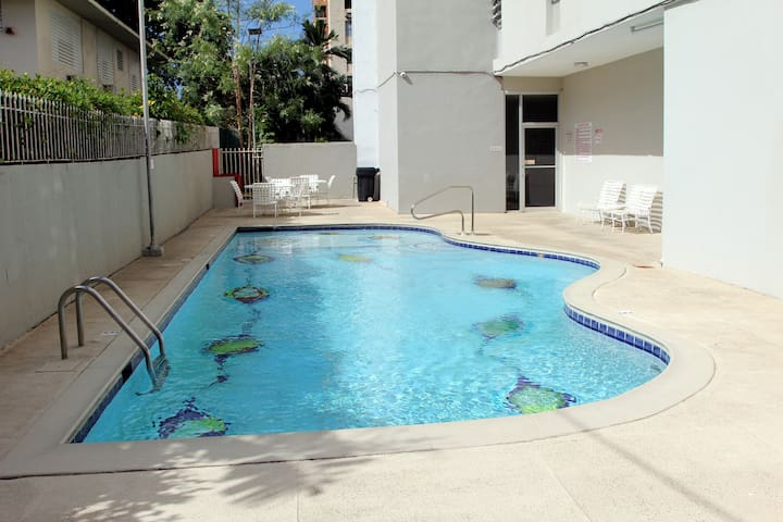 Spacious and comfortable corner apt - Guaynabo