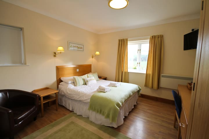 Llety Ceiro Country Guest House Disability Access