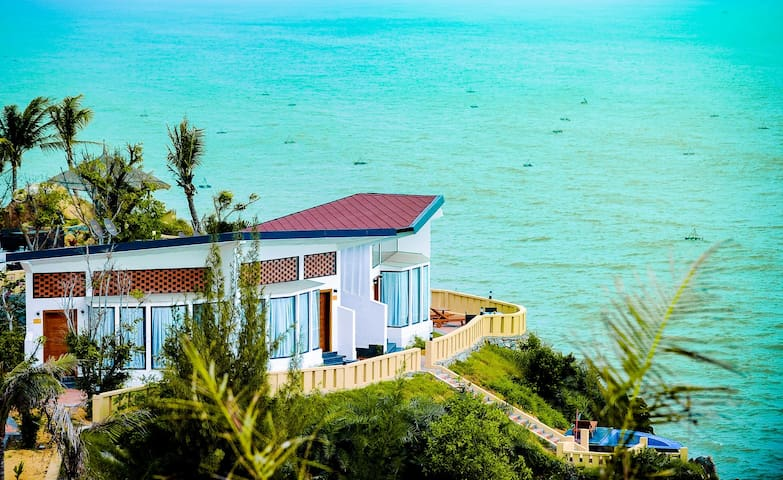 All room sea view, the best beautiful place QN