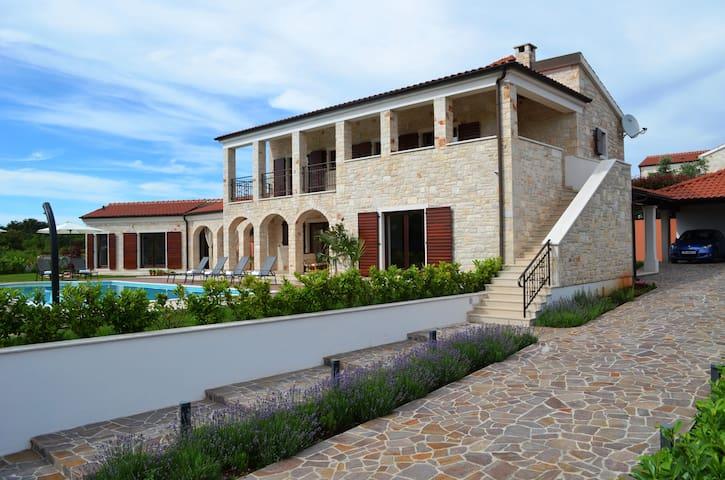 Luxurious brand new Villa Dubravka - Kringa - Villa