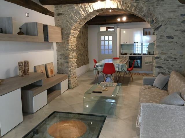 """Alloggio in edificio storico """"Palazzo Farao"""""""