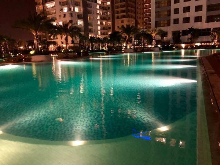 luxury & green apartment in premier location