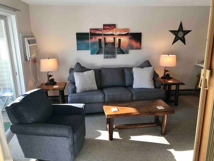 Live your Best Lake Winni Life! Cozy Condo FUN!