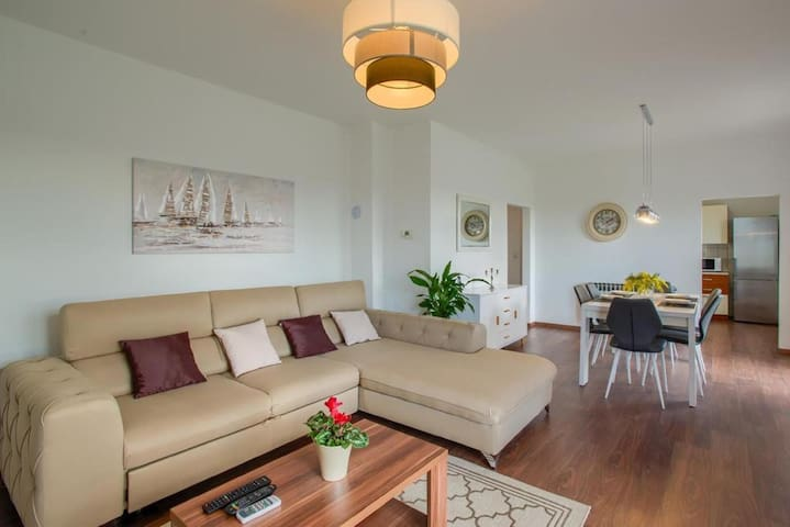 COMFORT FAMILY APARTMENT FOR 6 PERSONS