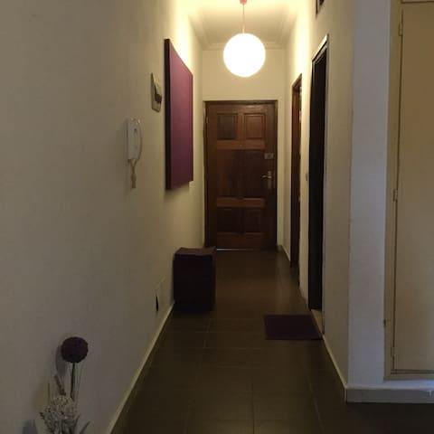 Purple Room - Abidjan - Apartmen