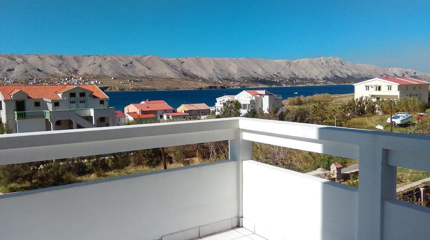 Two bedroom apartment with balcony and sea view Pag (A-12301-b)