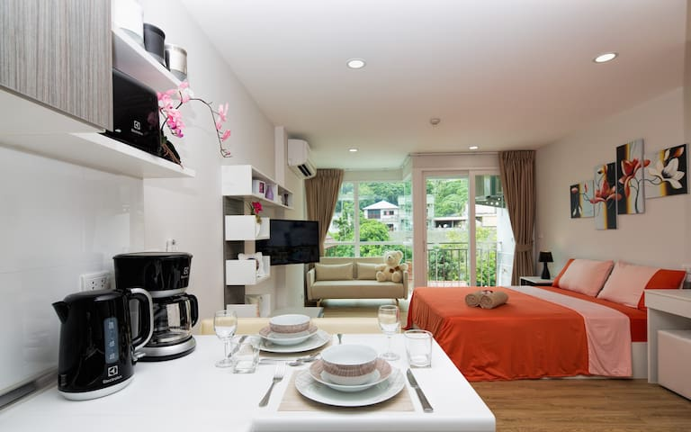 Lovely fully equipped apartment @Kata, beach-900m