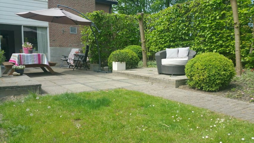WATERVLIET Garden apartment (2-4) - Wissenkerke - Appartement