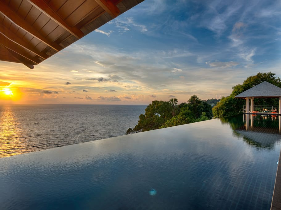 Baan Paa Talee - Sunset by the pool