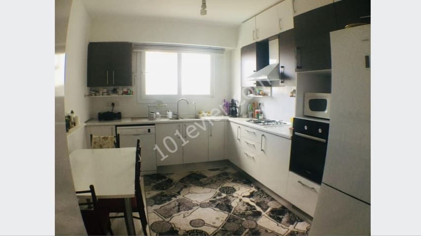 Girnemerkez apartman/kyrenia city center apartment