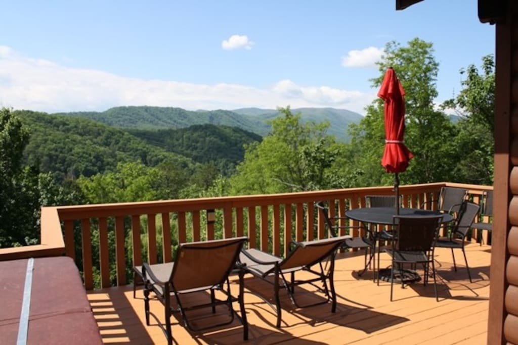 Moonshine cabin cabins for rent in pigeon forge united for Cabins for rent in gatlinburg and pigeon forge
