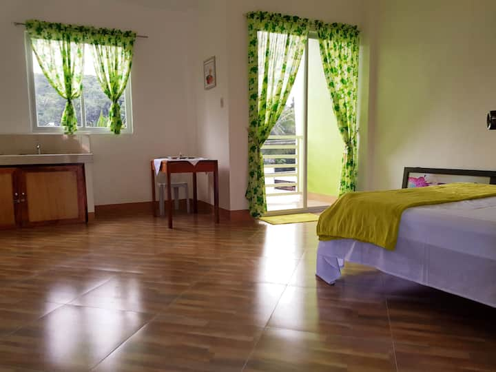 Coombs Guest House  Spacious  and  clean