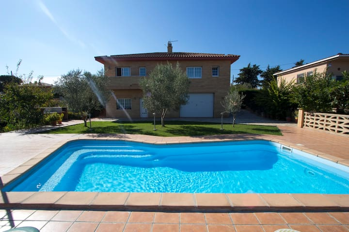 Catalunya Casas: Amazing villa in Sils for 11 guests, a short drive to Costa Brava!