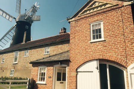 Charming family friendly Lincolnshire coach house - Alford, Lincolnshire - Maison