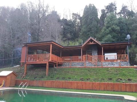 Cabaña El Roble (Para 10 Personas)