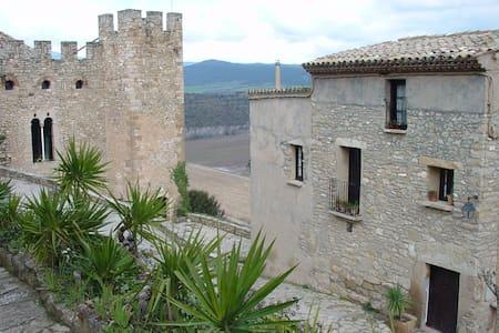 Habitación en Montsonis - Montsonís - Oda + Kahvaltı