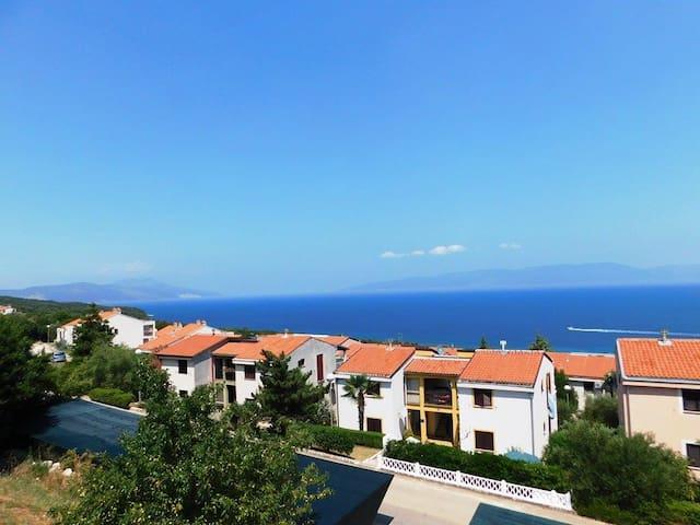 Ulika - beautiful view of the sea