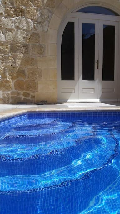 pool 4.6m x 3 m