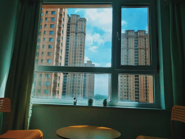 归心公寓大床房