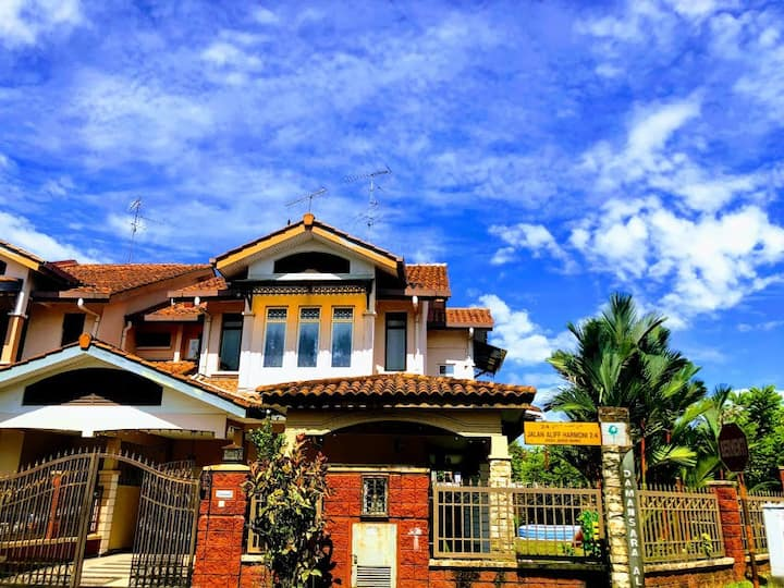 Guesthouse Khatib