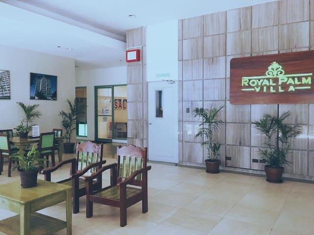 Royal Palm Villa Condo Unit