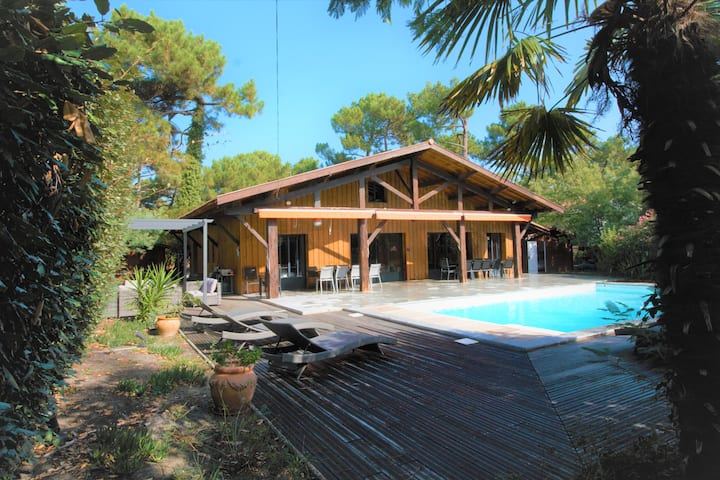 Cap Ferret magnificent heated pool villa 24pax