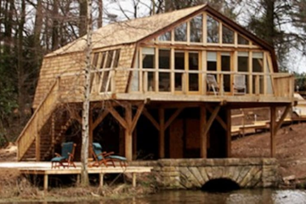 The Boat House, Belford, Northumbria, Cottage Holiday Group, luxurious boat house situated on its very own private lake