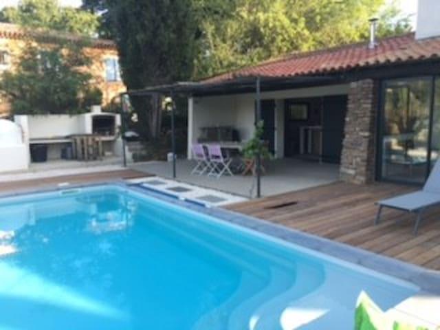 Villa 10km de la mer, détende et vue - Roquebrune-sur-Argens - Talo