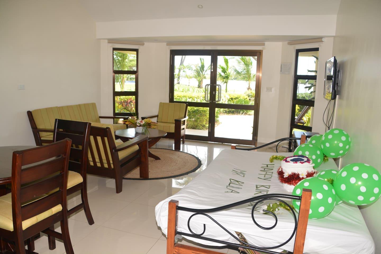 Open Plan Lounge/Dining, Kitchen