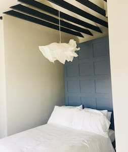 Boutique Residence in Galway City (Room 5-Double)