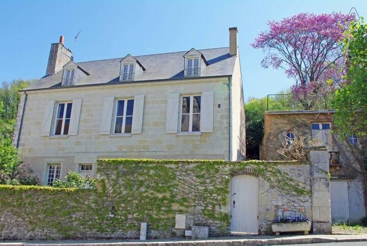 Lavardin : beautiful period house stunning view